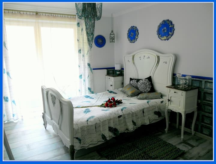 cozy, magic Casablanca Apartment, near Kazimierz