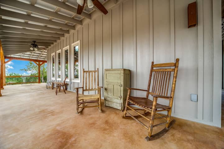A Texas Hill Country getaway-relax from city life