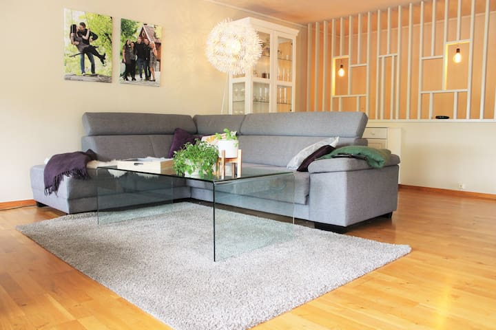 Suburb airbnb temple - room 2 - Bergen - House