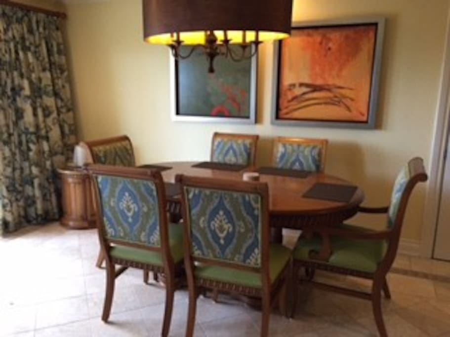 Dining space with seating for 6