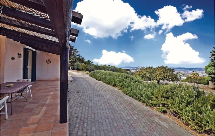 Holiday cottage with 1 bedroom on 70m² in Licata AG