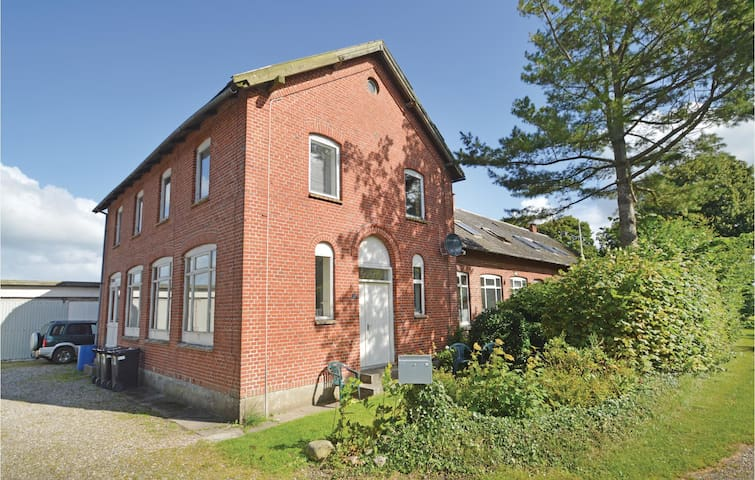 Holiday apartment with 2 bedrooms on 65 m² in Farsø