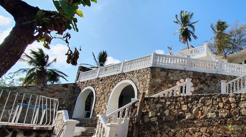 Casa Mozimba Empedrada Vista al Mar (Doble matri)
