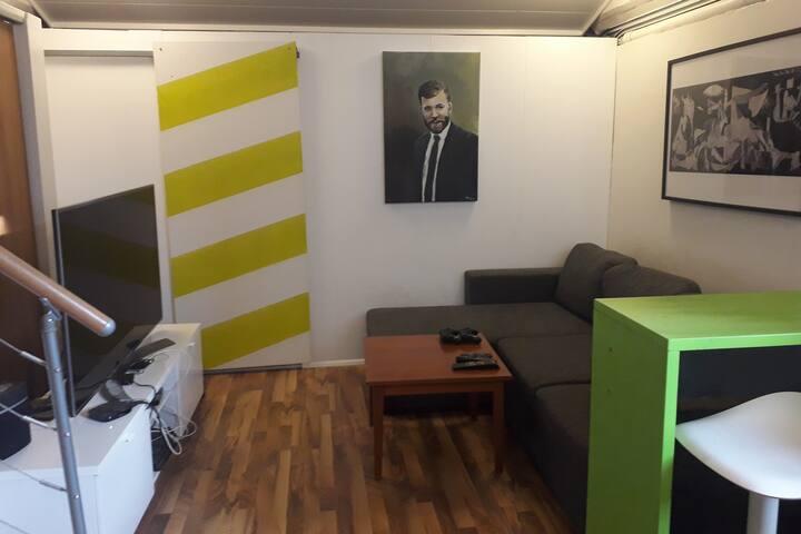 Private Guest Apartment in Quiet Seltjarnarnes
