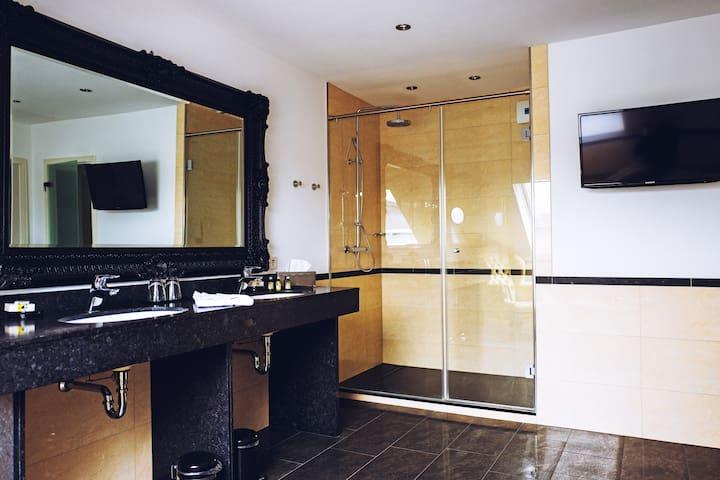 Champagner Suite - Badezimmer