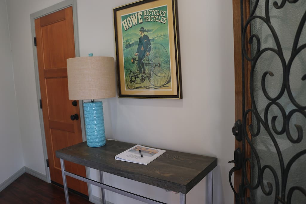 You'll find a guest book full of useful information in the entryway downstairs.
