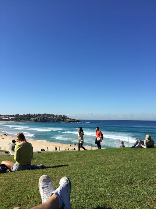 A short stroll to Bondi Beach