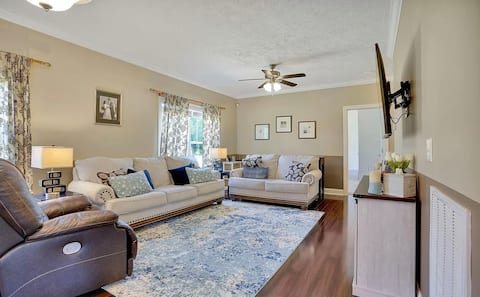 4-bedroom home nestled away 12 minutes to Downtown Wilmington