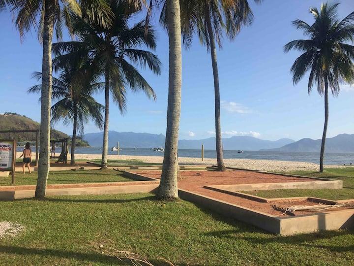 Lindo Sobrado a 100m da praia de Porto Novo!