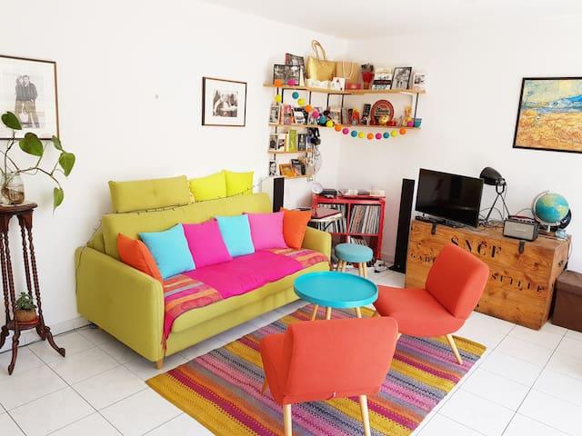 The Interlude, a bright room in the center