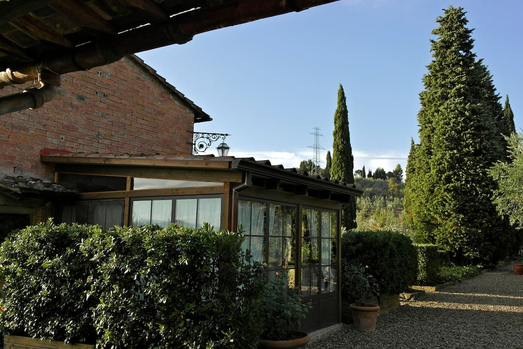 View of La Quercia Cottage with Conservatory