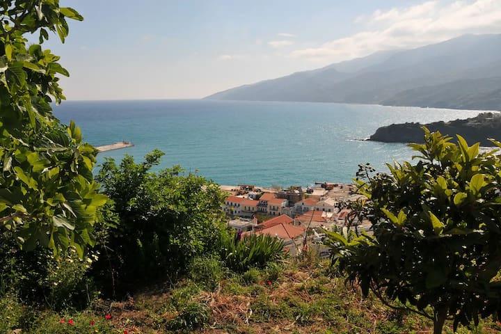 Ikaria - Evdilos village , Katsirifos