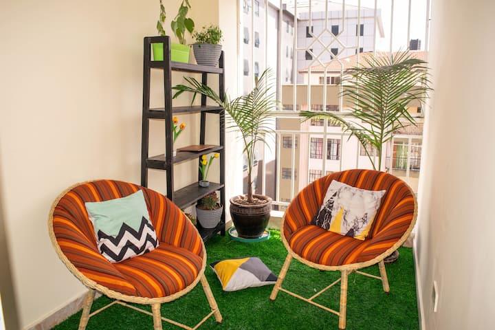 Cozy, luxurious apartment near Yaya Centre