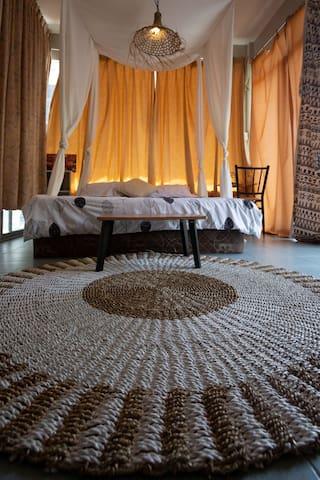 Tiny eco cozy room, walk 3 mins to Karon beach