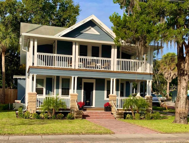 The Tarpon House a beautiful centrally located gem