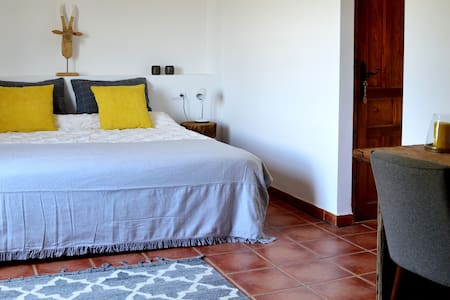 Rustic  2 pers.room inland Valencia with pool - Annat