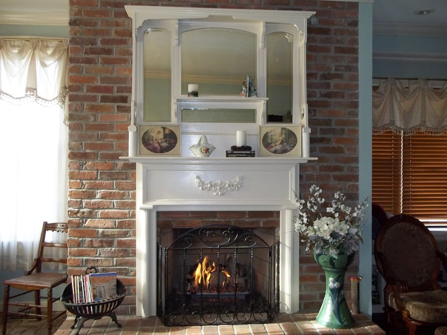 Fireplace in the parlor.