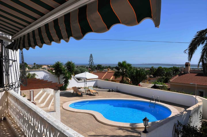 Beautiful villa in Ciudad Quesada, private pool