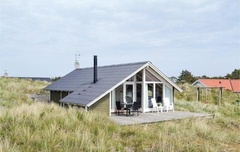 Holiday cottage with 2 bedrooms on 61m² in Hvide Sande