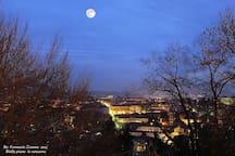 Vista panoramica serale su Biella dal Piazzo