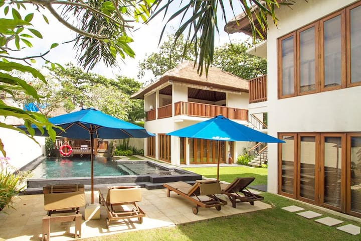 Three Bedroom Villa with Private Pool - Gazebo