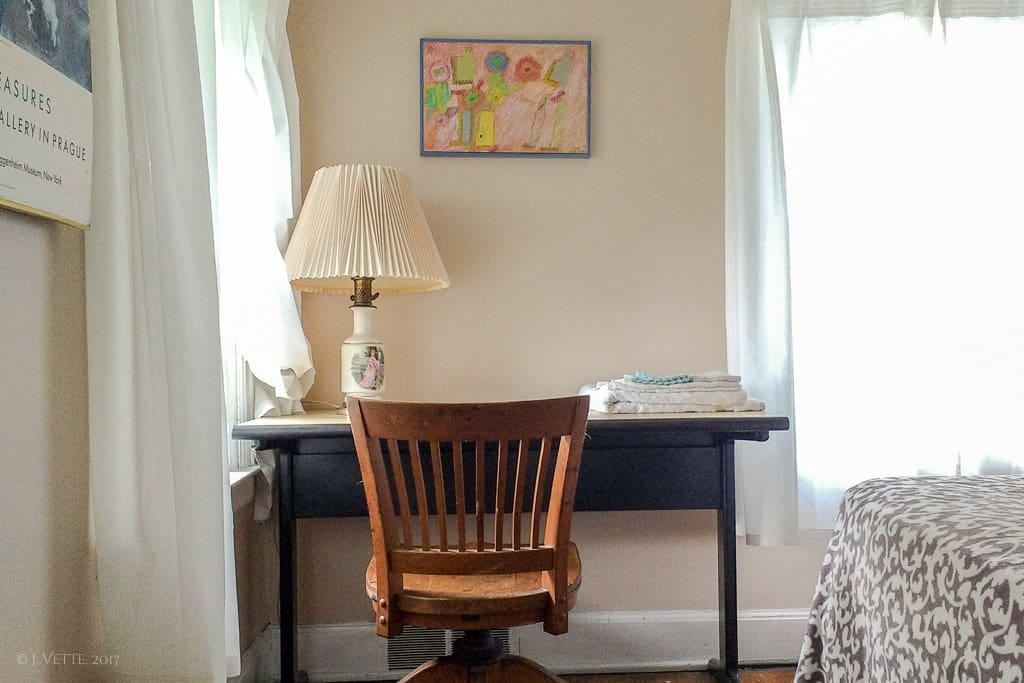 Bedroom #2 (R22) Desk and chair