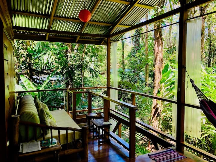 Tranquila Rustic Chic in the jungle!
