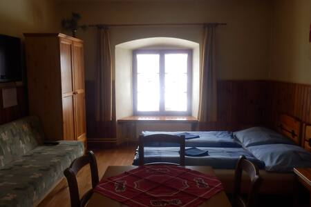 Studio - 3 beds with sofa, Penzion Pod Branou - Poprad