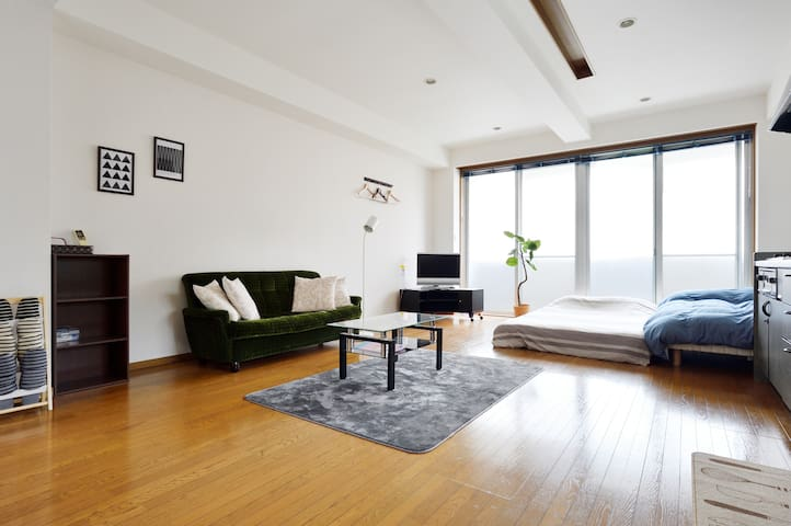 #C Max 9PPL Seaside Osaka Spacious, Clean n' Cozy