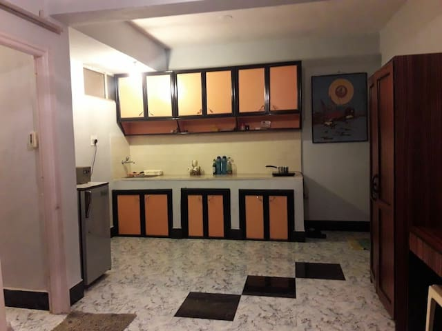 Studio Apartment with pool - 5min walk from beach