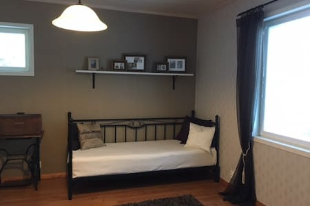 Comfy room for singles, couples and families