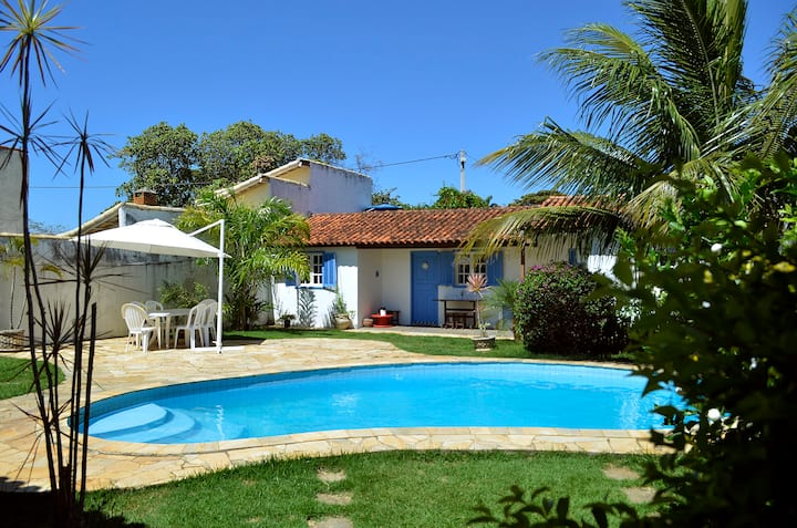 Charming house 200 m from Manguinho's Beach