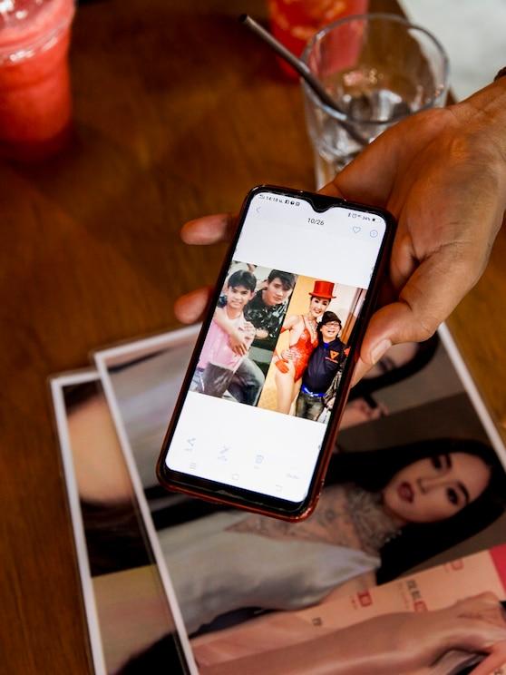 Mostrar imagem de tela cheia, fornecida pelo anfitrião