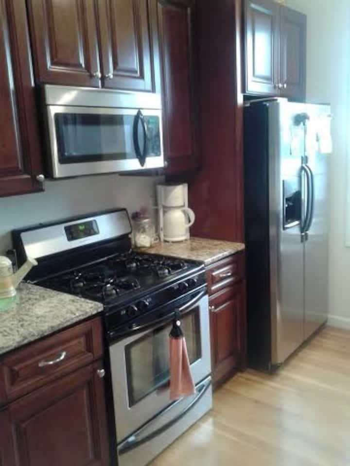 """Private bedroom in upscale apartment jersey city"""