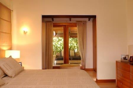 Casa Oasis - Langosta Paradise - Playa Langosta