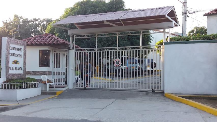 Santa Marta / Casa Campestre / Bonda - Bonda - House