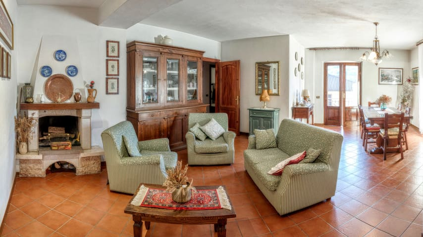 Accogliente e spazioso appartamento - Castelnuovo di Garfagnana - Departamento