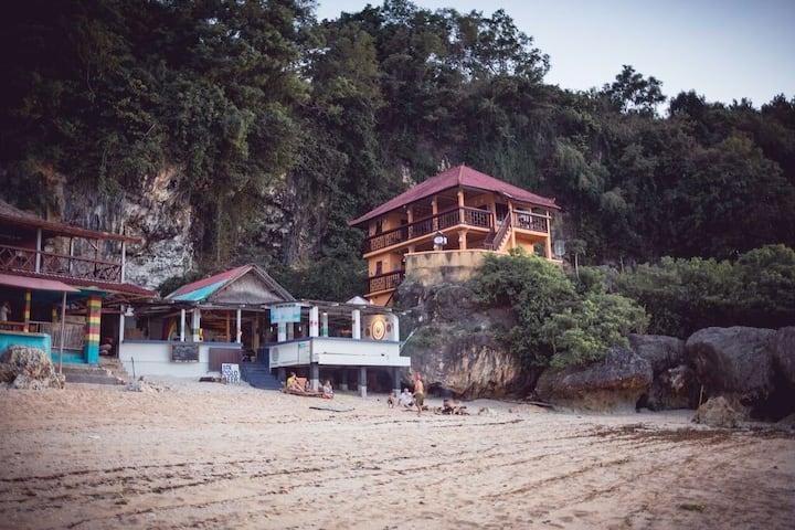 Ari Beach House( homestay ) Padang Padang Bali Rm3