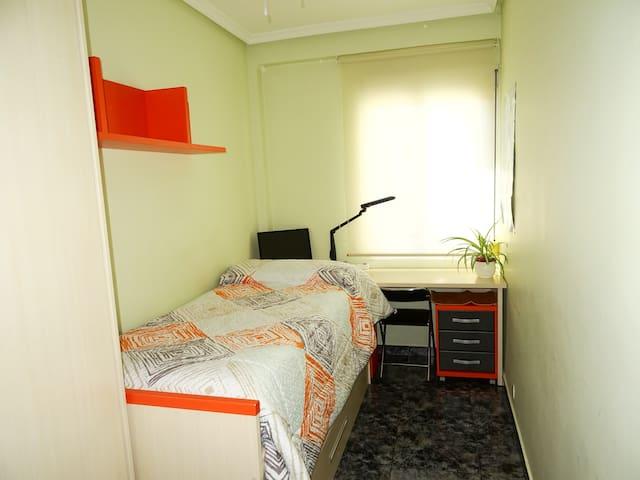Habitación Doble 10 min Plaza Pilar