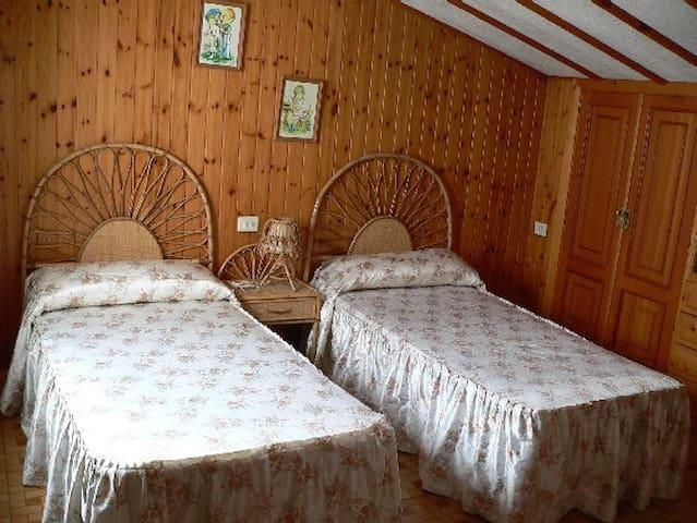 Buhardilla de dos habitaciones Portonovo Sanxenxo - Portonovo - Apartemen