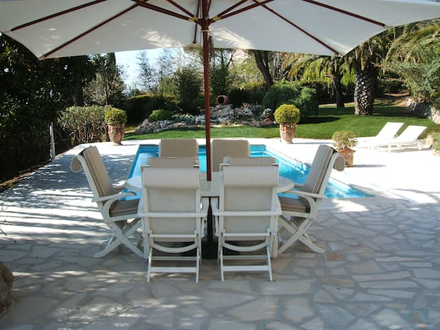 Côte d'Azur - Cozy house with pool - Gattières - Haus