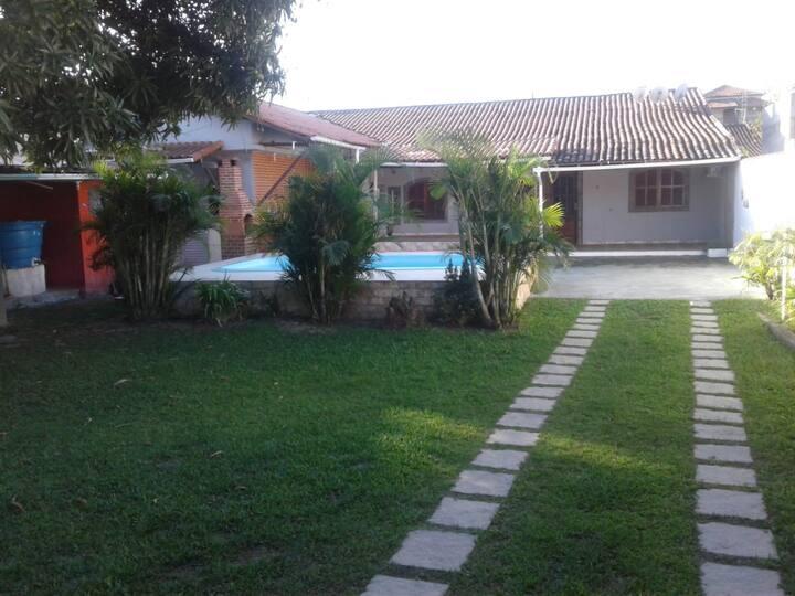 Casa  estilo vintage em boqueirão /saquarema