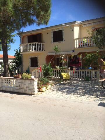 Vir,Kroatien Ferienwohnung 5+1 - Vir - Apartment