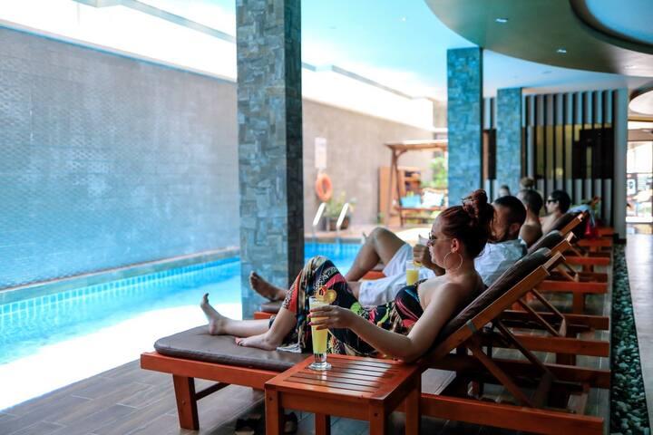 Triton Beach Hotel / Maafushi