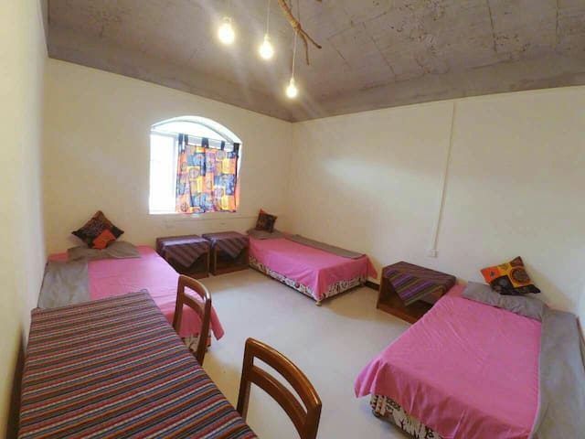 日月湾海边别墅冲浪tony的家,201三人間風扇床位
