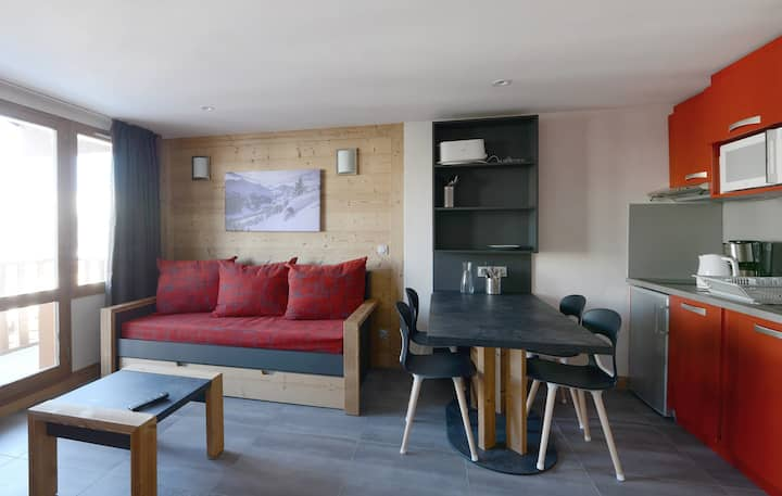 Apartment in a family resort at the bottom of the slopes