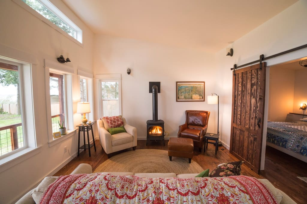 Cozy, clean, and comfortable, you'll find the perfect spot to relax and enjoy the peace and quiet of Camano Island.