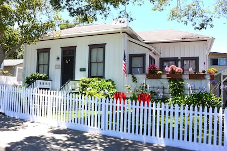 Historic Stylish Beach House - 太平洋丛林(Pacific Grove) - 独立屋