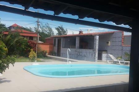 Casa condomínio em frente a praia Saquarema - Saquarema
