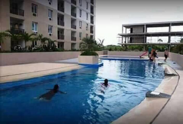 CONDOMINUM UNIT AND RESORT